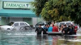 Inundación: las farmacias inician el largo camino de recuperar lo perdido