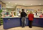 Neuquén: Proyecto para que se dé prioridad en farmacias a quienes buscan medicamentos
