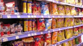 El Gobierno busca regular la publicidad de alimentos para chicos