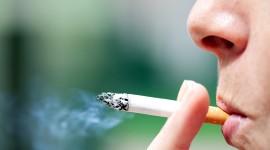 Tres de cada 5 personas que prueban un cigarrillo pasan a fumar a diario