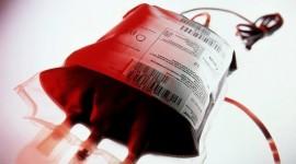 Someterse a una transfusión de sangre antes, durante o tras la cirugía, puede aumentar el riesgo de coágulos