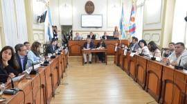 En la ciudad de Corrientes prohíben la venta de medicamentos en quioscos y regulan la distancia entre farmacias